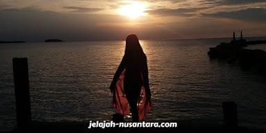 spot sunset pulau bulat