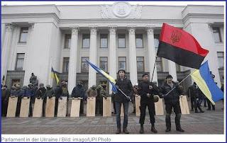 """Moscou accuse Kiev de se préparer à """"une nouvelle guerre"""""""