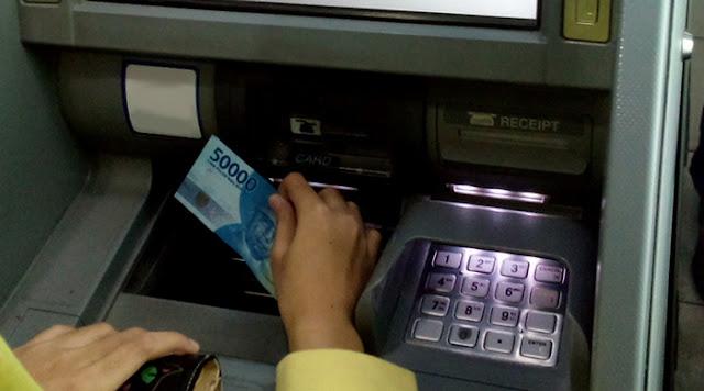 Cara Menyetor Uang ke Rekening Lewat ATM