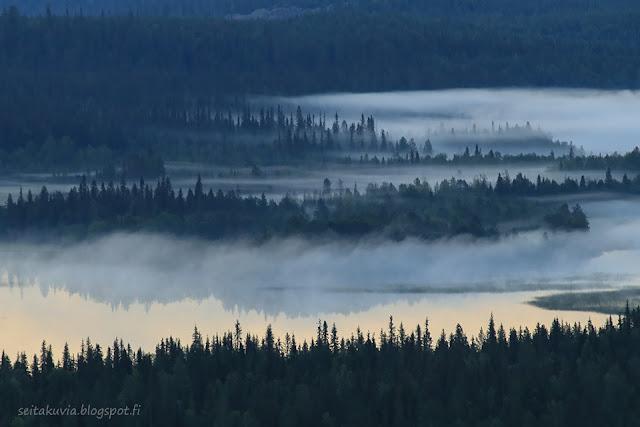 aamusumua Vuosselijärvellä