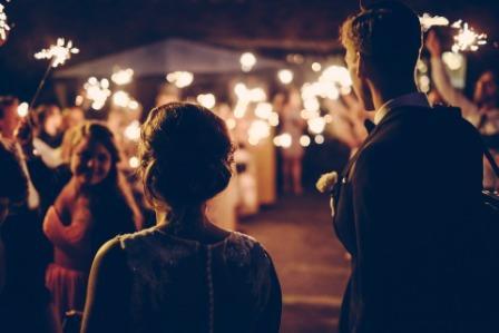 """Tak Perlulah Galau  Antara """"Hadir"""" Atau """"Tidak"""" Di Pernikahan Mantan"""