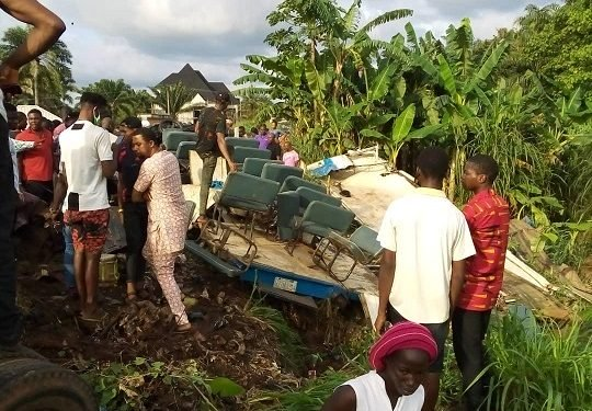 Truck kills four, injure six attending burial in Anambra