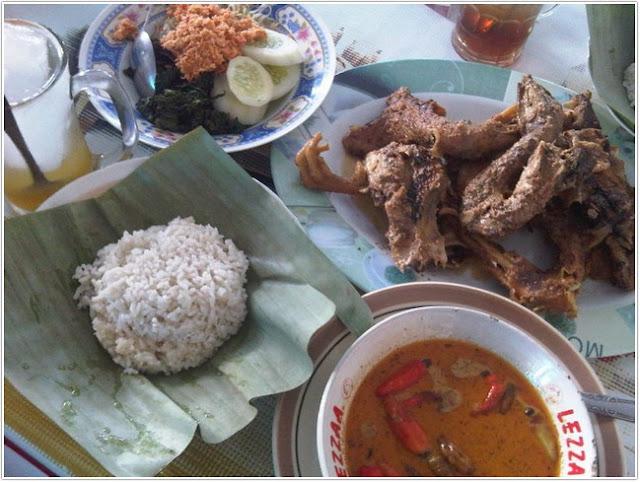 10 Top Kuliner Trenggalek;Ayam Lodho Pak Yusuf
