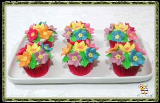 Cupcake de coco com nozes 2