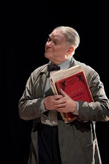 David Hare: The Moderate Soprano - Paul Jesson - Duke of Yorks Theatre (Photo Johan-Perrson)