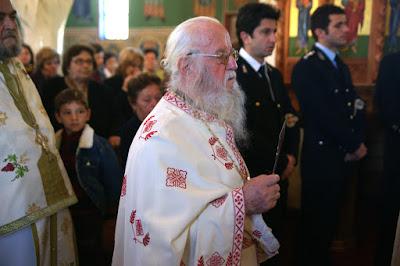 Πληθώρα πιστών στο τεσσαρακονθήμερο μνημόσυνο του π. Κυριάκου Γκίκα Και αγρυπνία στη μνήμη του