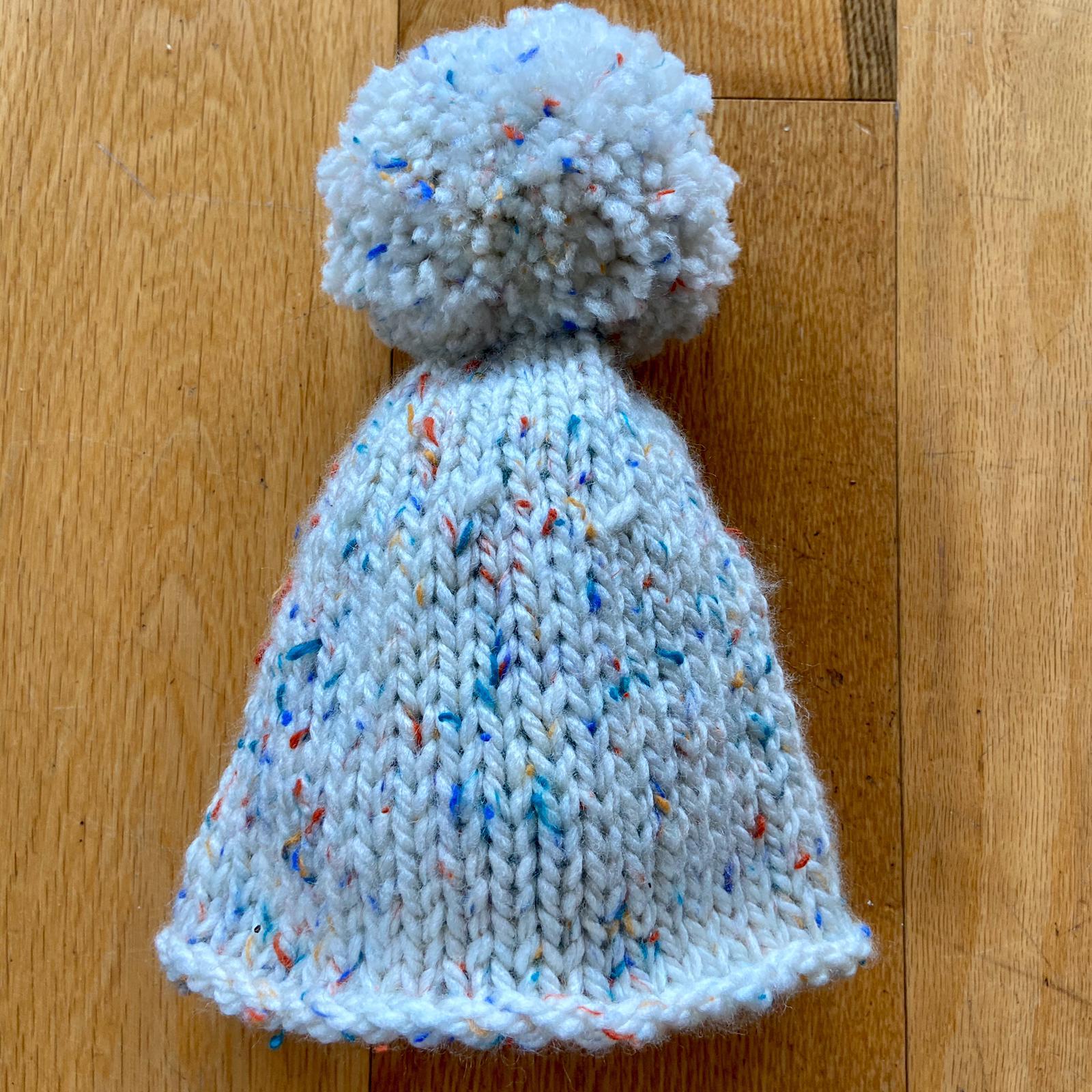 Easy Bobble Hat Knitting Pattern - Sleek For Yourself!