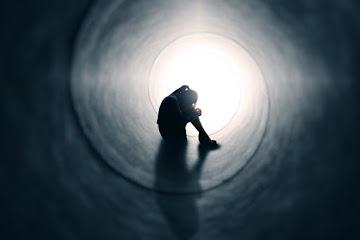 Por que a medicina convencional não pode curar a depressão?