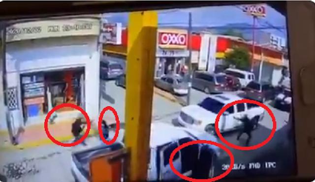 Video: Así fue el enfrentamiento entre Huachicoleros en Cuautepec: Hidalgo, un muerto y un herido el saldo Sicarios tirando disparos haber si de chiripa pegaban