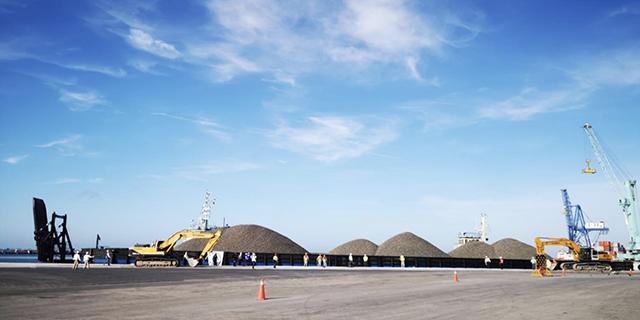 Llega a Yucatán, desde el puerto de Veracruz, primer cargamento de balasto