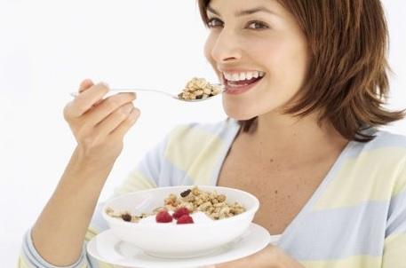Menjaga Pola Makan yang Baik dan Sehat