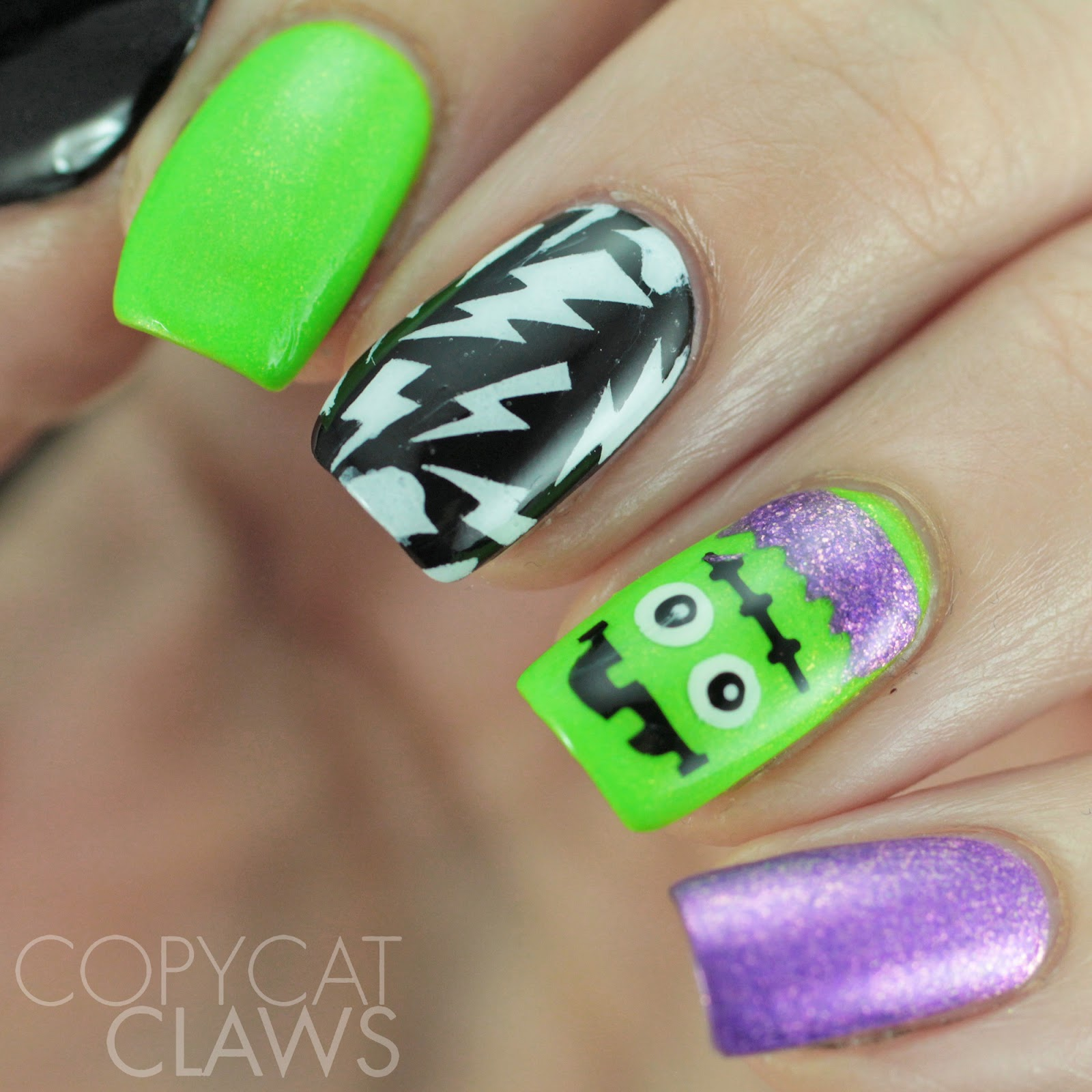 Copycat Claws: Whats Up Nails Halloween Nail Stencils