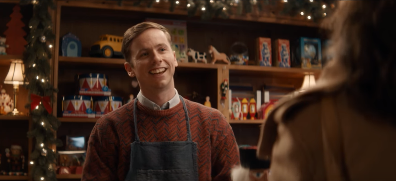 "Toronto""s Zulu Alpha Kilo Has Some Fun With Debt and Christmas Spending In New Interac Ads"