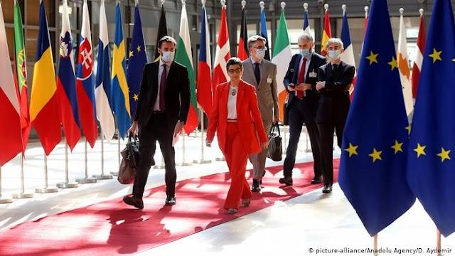 Frankfurter Rundschau: Κυρώσεις στη Λευκορωσία και μόνο εκκλήσεις στην Τουρκία;