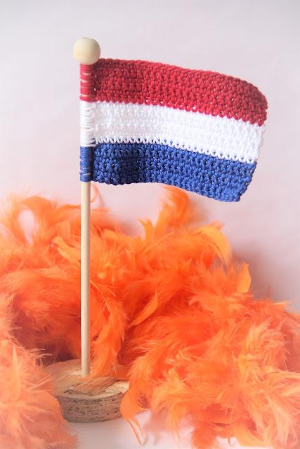 Studio Mojo, haken, gehaakt, vlag, crochet, gratis patroon, Gratis patronen, Gemaakt, nederland, Koningsdag,