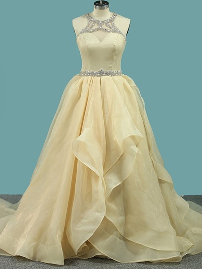 http://uk.millybridal.org/product/satin-organza-tulle-scoop-neck-ball-gown-sweep-train-beading-wedding-dresses-ukm00023103-21799.html?utm_source=minipost&utm_medium=2597&utm_campaign=blog