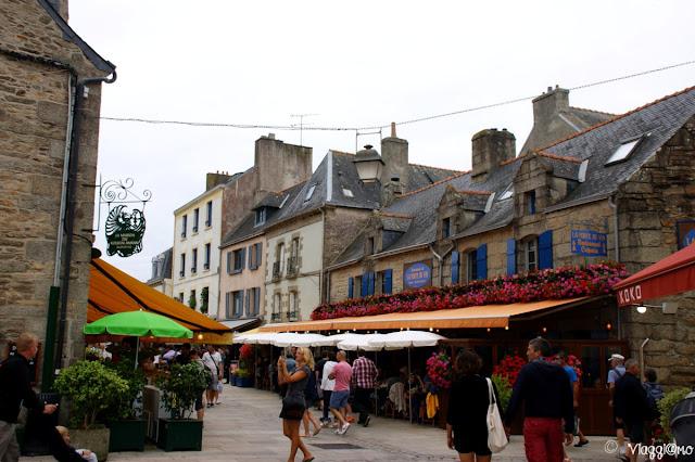 Una delle vie principali della Ville Close di Concarneau