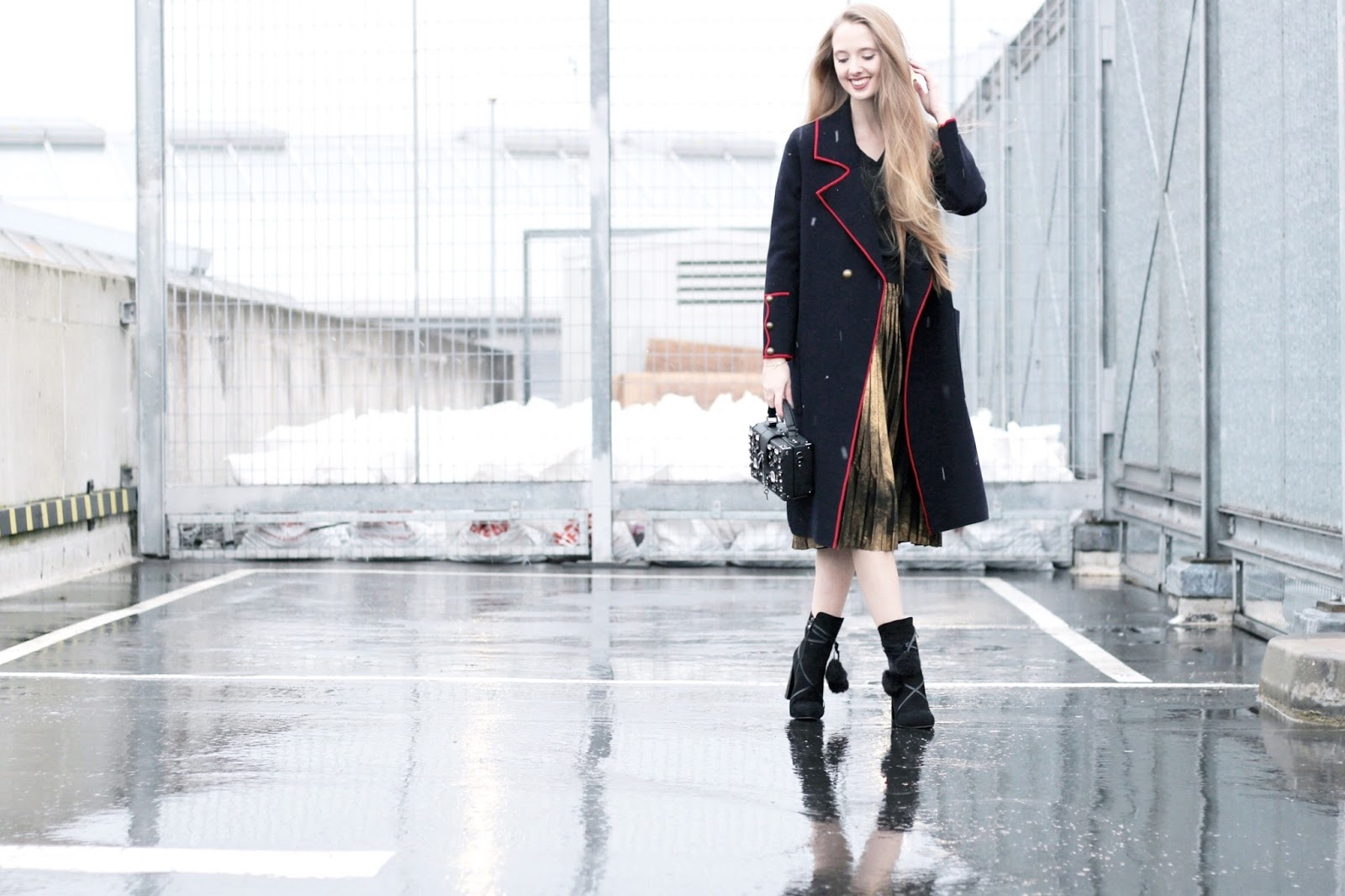 Fashion blog styling a long navy cardigan coat