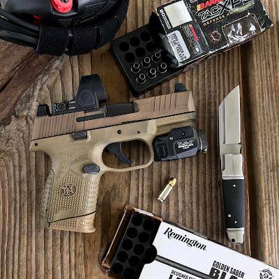Gratuitous Gun Pr0n #190...