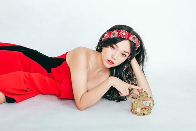 """Hot streamer Linh Ngọc Đàm chính thức """"về chung nhà"""" với MisThy, PewPew"""