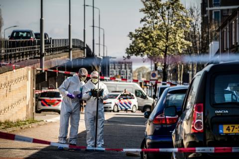 ضابط في الشرطة الهولندية يقتل اثنين من أفراد عائلته قبل أن ينتحر