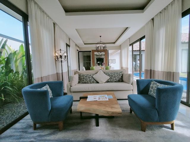 Ruang tamu holiday villa