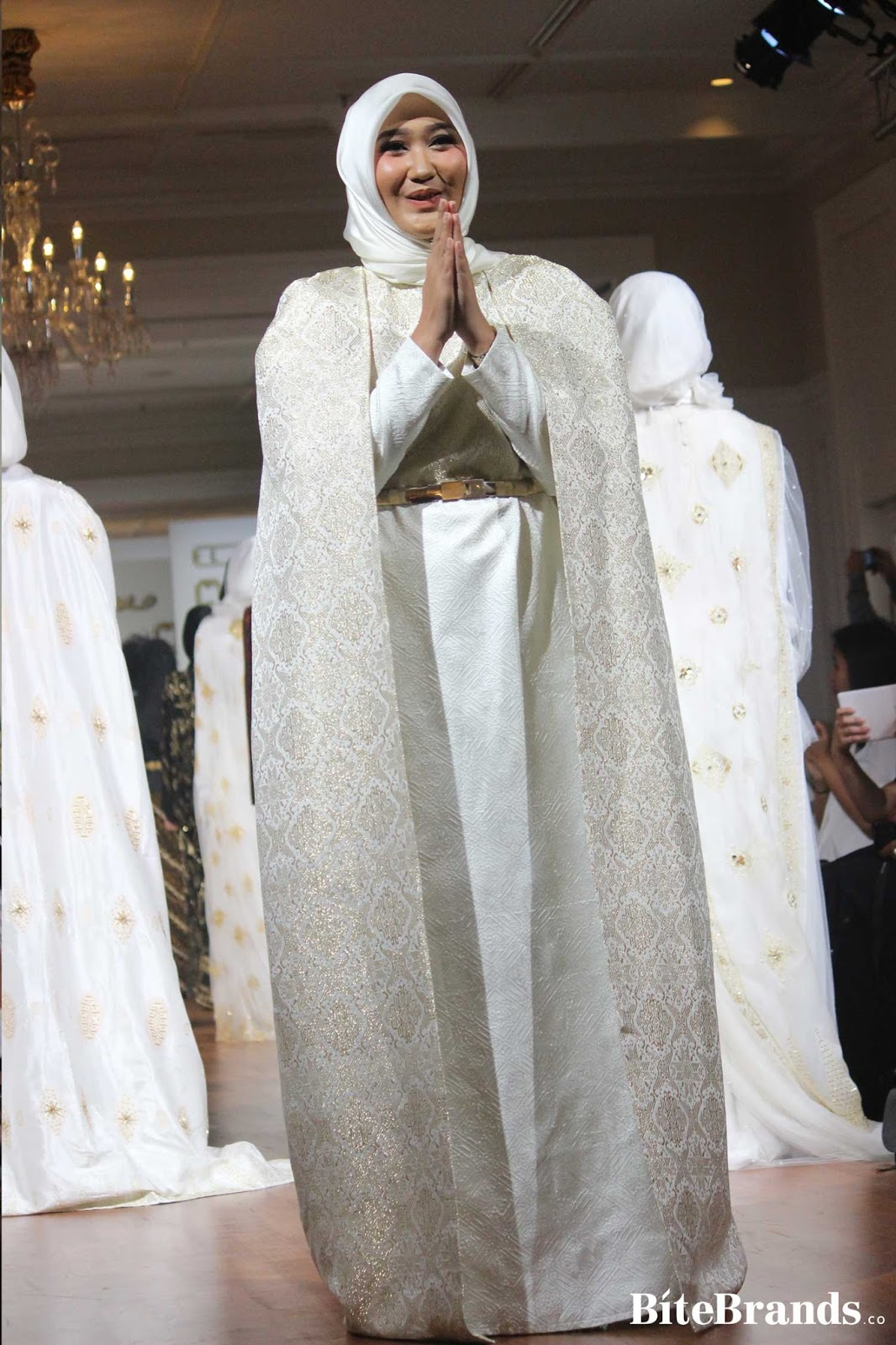 koleksi baju pakaian fashion show muslim hijabers designer terbaru terkini  update lengkap liputan event media partner a666005d51