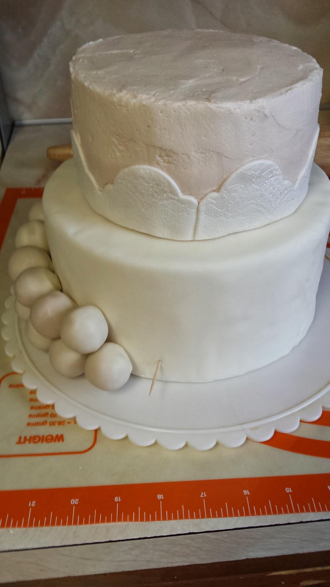 Using Styrofoam Cake Dummies For Cake Pops