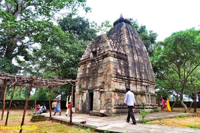 समलूर मंदिर, दंतेवाड़ा