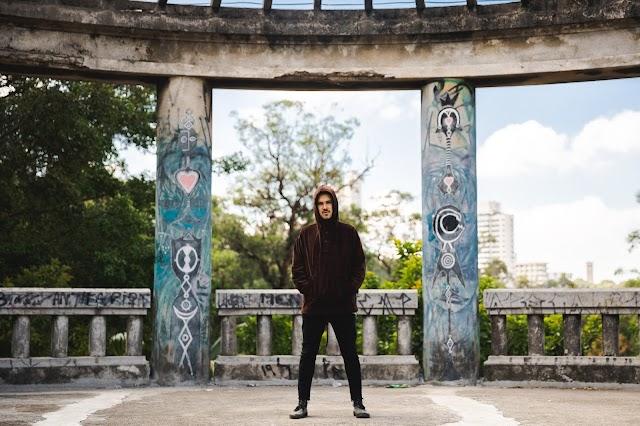 Dramón une experimentações e guitarras no disco Áspero