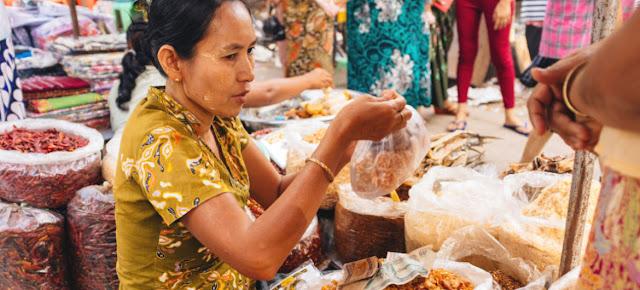 El Fondo de las Naciones Unidas para el Desarrollo de la Capitalización (FNUDC) apoya el empoderamiento económico de las mujeres en los 47 países menos desarrollados del mundo.Fondo de las Naciones Unidas para el Desarrollo de la Capitalización