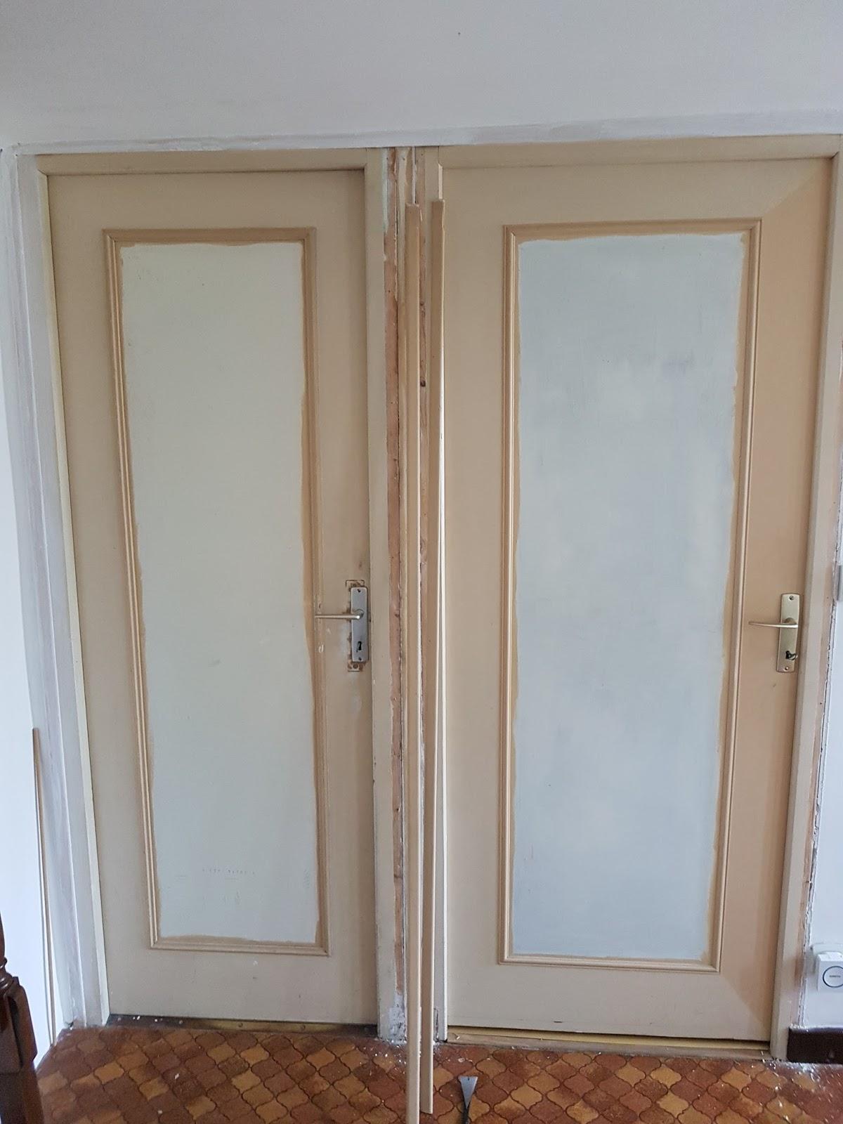 Entr e partie 1 travaux bricolage for Reparer porte bois