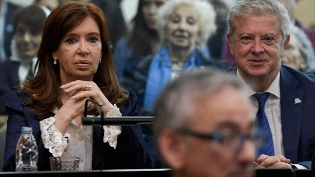 Cristina Fernández tacha de 'cortina de humo' juicio en su contra