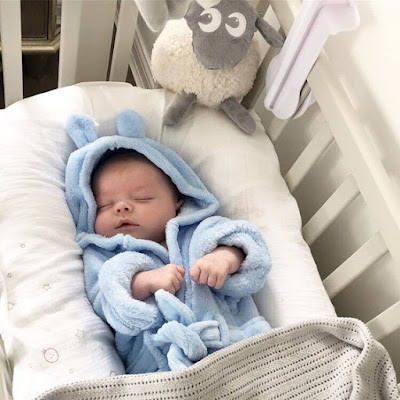Cute Pics of newborn baby photo gallery free HD download. best quality HD baby image for desktop and laptop for mobile wallpaper