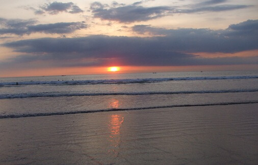 Legian Bali is to a greater extent than relaxed together with less hectic province of affairs fifty-fifty though unopen to Kuta BaliBeaches: Legian Beach Bali - Surf, Yoga & Festival