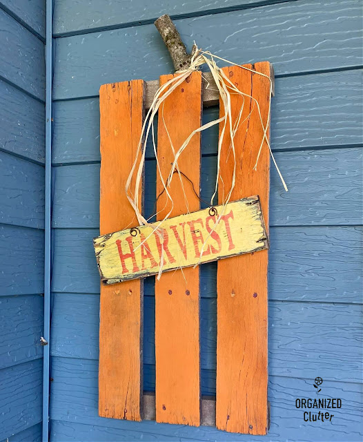 Photo of a rustic pallet pumpkin