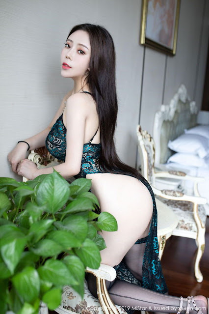 Hot and sexy big boobs photos of beautiful busty asian hottie chick Chinese booty model Miki Tu photo highlights on Pinays Finest sexy nude photo collection site.