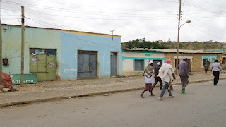 Ethiopian locals in mekelle having a walk