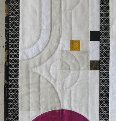 Luna Lovequilts - Secondary design on my Opalescence quilt