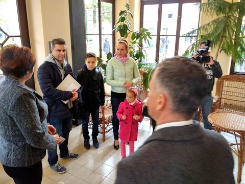 A háromszázezredik látogatót köszöntötték a gyulai Almásy-kastélyban