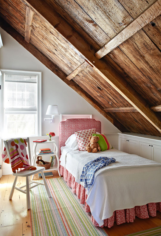 If your walls have a slope (also called eaves), i have some ideas for how to design your living room, bathroom,. Mix and Chic: Fresh and pretty decorating ideas for a girl
