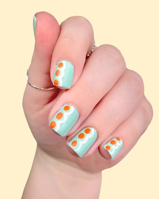 Minimalistic Nail Art 25 Sweetpeas