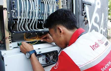 Cara menghubungi Teknisi Telkom IndiHome Jakarta Pusat