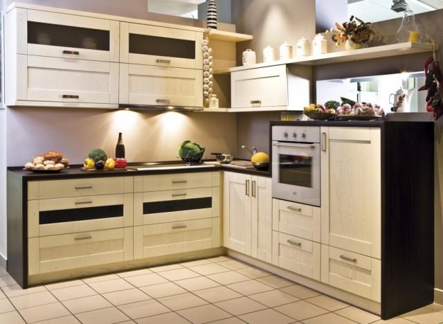 Кухни из дерева недорого