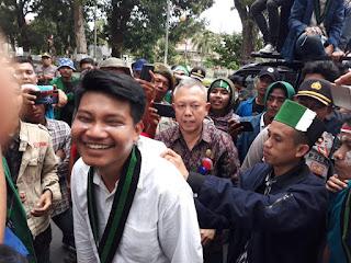 Demo di DPR Ricuh, Dikantor Gubernur Adem.