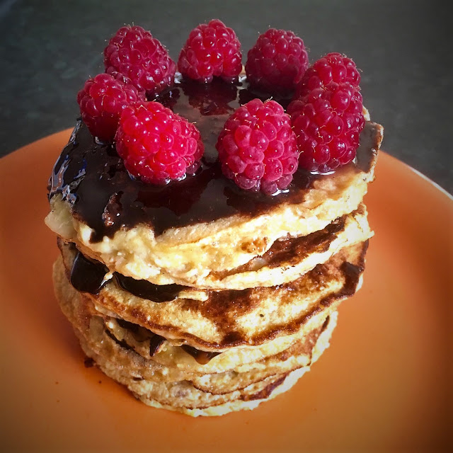 what to cook for vegetarians on christmas day - banana pancakes
