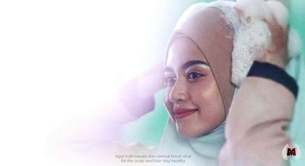 (Video) Iklan Syampu Pakai Tudung Dianggap Bodoh & Mengarut!