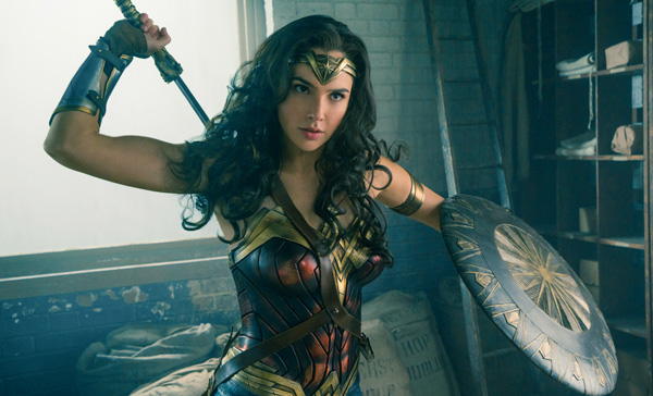 Diana/Wonder Woman (Gal Gadot) is ready for action in WONDER WOMAN (2017)