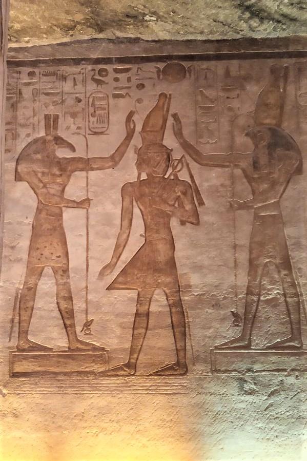 Set e Horus benedicono Ramses