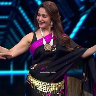 madhuri-dixit-belly-dance
